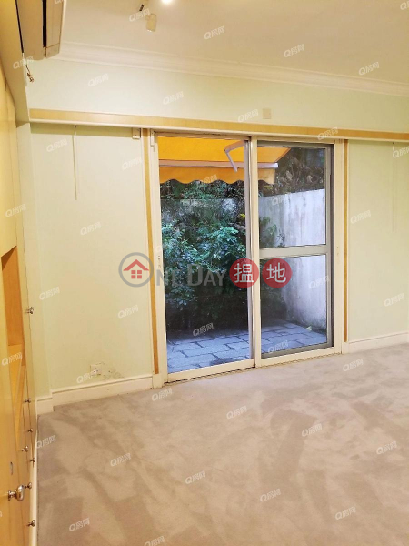 Property Search Hong Kong | OneDay | Residential | Sales Listings Pine Gardens | 2 bedroom Mid Floor Flat for Sale