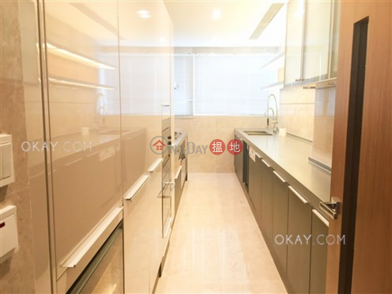 HK$ 85,000/ month, The Altitude Wan Chai District Gorgeous 3 bedroom on high floor with balcony & parking | Rental
