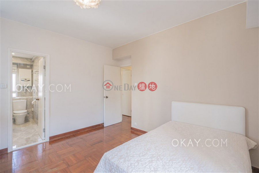 HK$ 39,000/ month, Sunrise Court Wan Chai District Nicely kept 3 bedroom with balcony | Rental