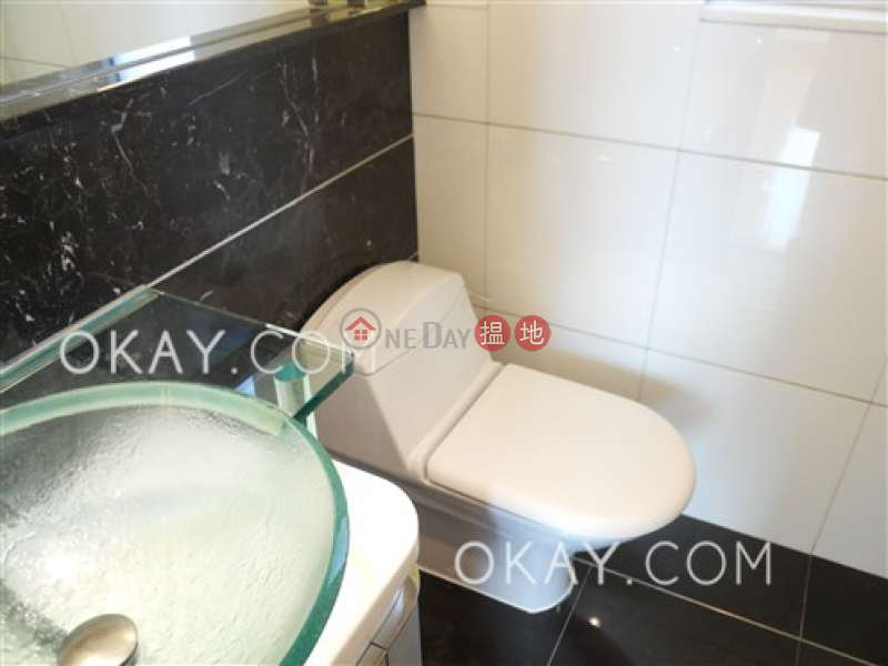HK$ 46,000/ month The Harbourside Tower 3 Yau Tsim Mong | Luxurious 3 bedroom with parking | Rental