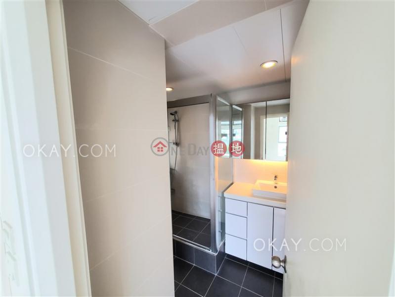 HK$ 10.8M | Discovery Bay, Phase 7 La Vista, 3 Vista Avenue | Lantau Island | Rare 3 bedroom with sea views & balcony | For Sale