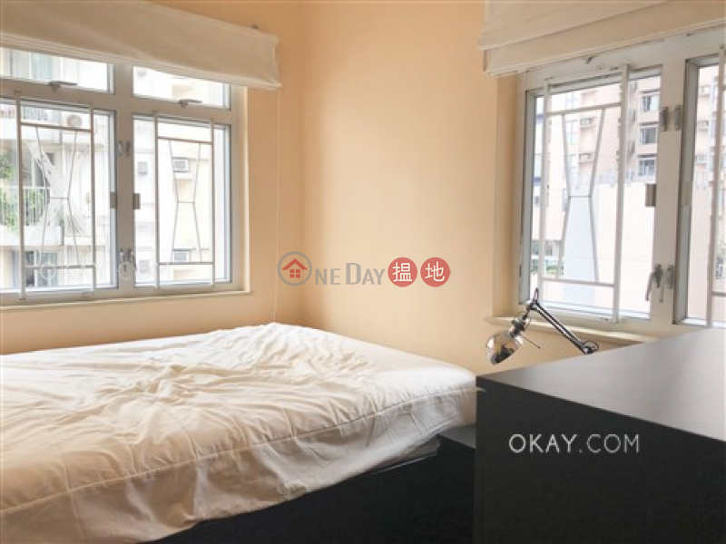 Popular 2 bedroom in Sheung Wan | For Sale | Hillier Building 禧利大廈 Sales Listings