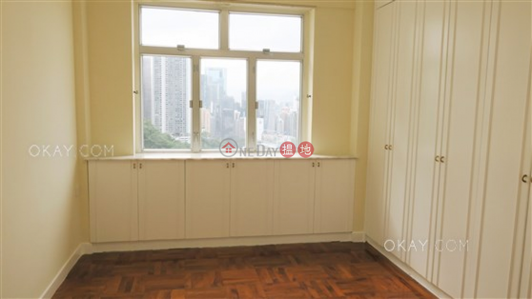 HK$ 62,000/ month, Jardine\'s Lookout Garden Mansion Block A1-A4 Wan Chai District Exquisite 3 bedroom with balcony & parking | Rental