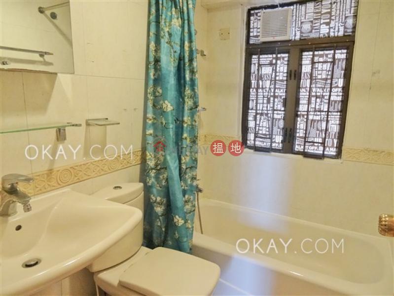 Tasteful 3 bedroom with balcony & parking | Rental | Beverley Heights 富豪閣 Rental Listings