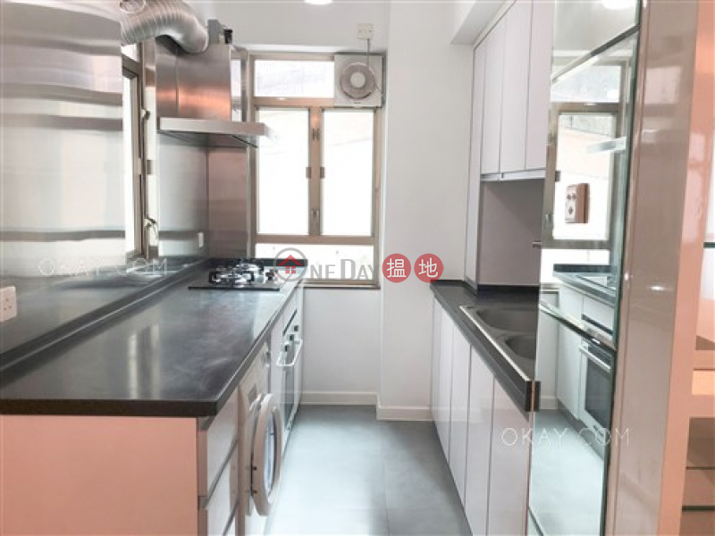 Efficient 3 bedroom in Mid-levels West | For Sale | Merry Court 美麗閣 Sales Listings