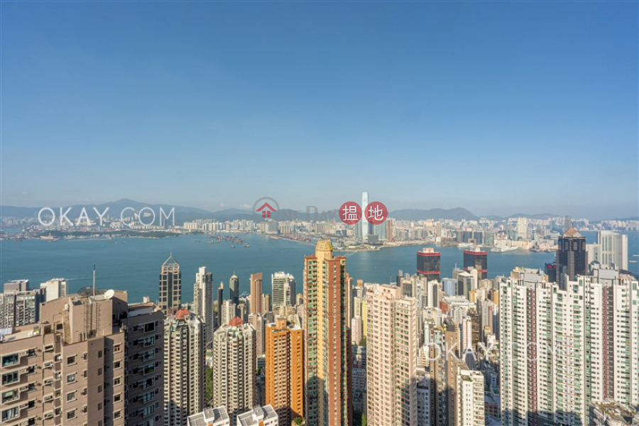 Stylish 3 bedroom on high floor | Rental, Imperial Court 帝豪閣 Rental Listings | Western District (OKAY-R7002)
