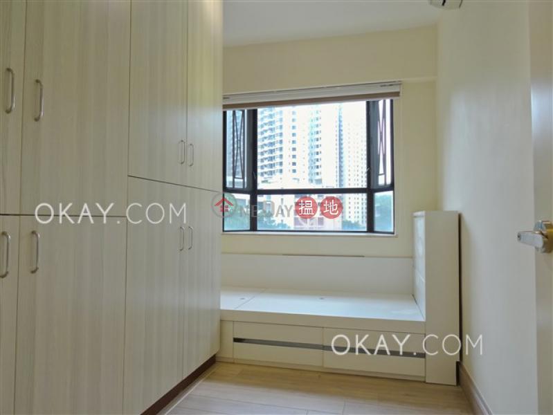 香港搵樓|租樓|二手盤|買樓| 搵地 | 住宅出租樓盤3房2廁,露台《龍華花園出租單位》