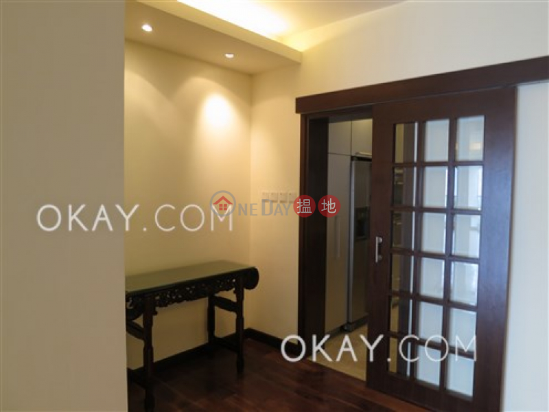 HK$ 58M Repulse Bay Garden, Southern District, Efficient 3 bedroom with balcony & parking | For Sale