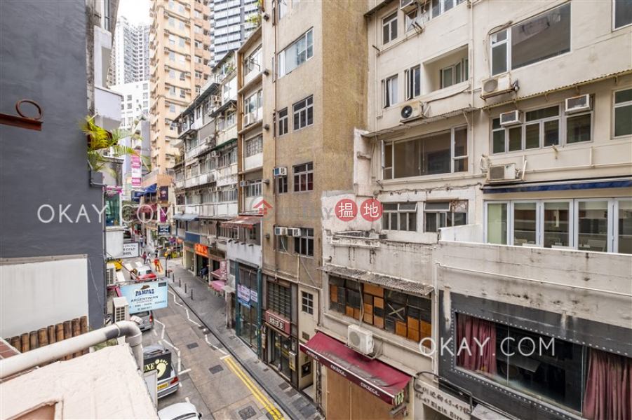Lovely 1 bedroom with terrace | For Sale, Million City 萬城閣 Sales Listings | Central District (OKAY-S33323)