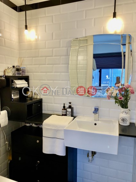 Charming 1 bedroom with terrace   For Sale   New Central Mansion 新中環大廈 Sales Listings