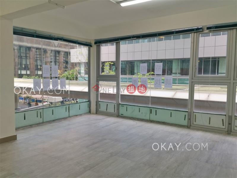 0房1廁《香海大廈出租單位》-28-32柯布連道 | 灣仔區|香港-出租|HK$ 30,000/ 月