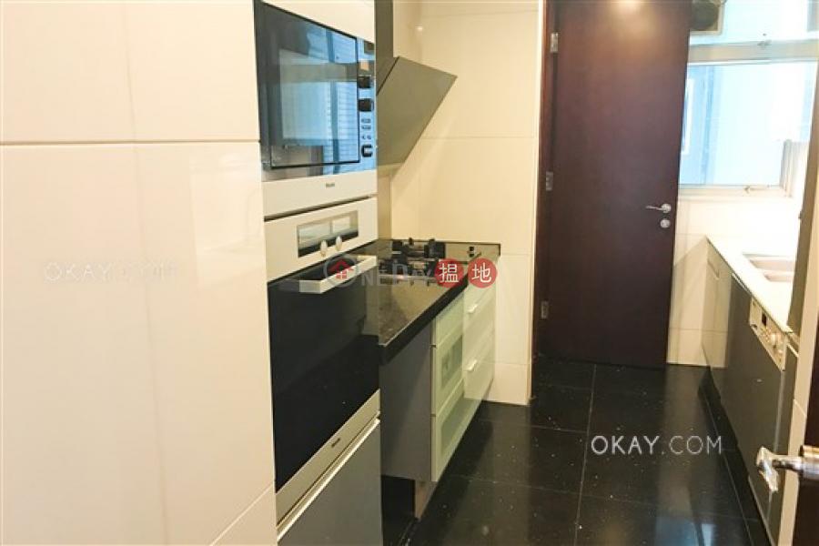 香港搵樓|租樓|二手盤|買樓| 搵地 | 住宅出租樓盤-3房2廁,星級會所,連車位,露台《名門 3-5座出租單位》