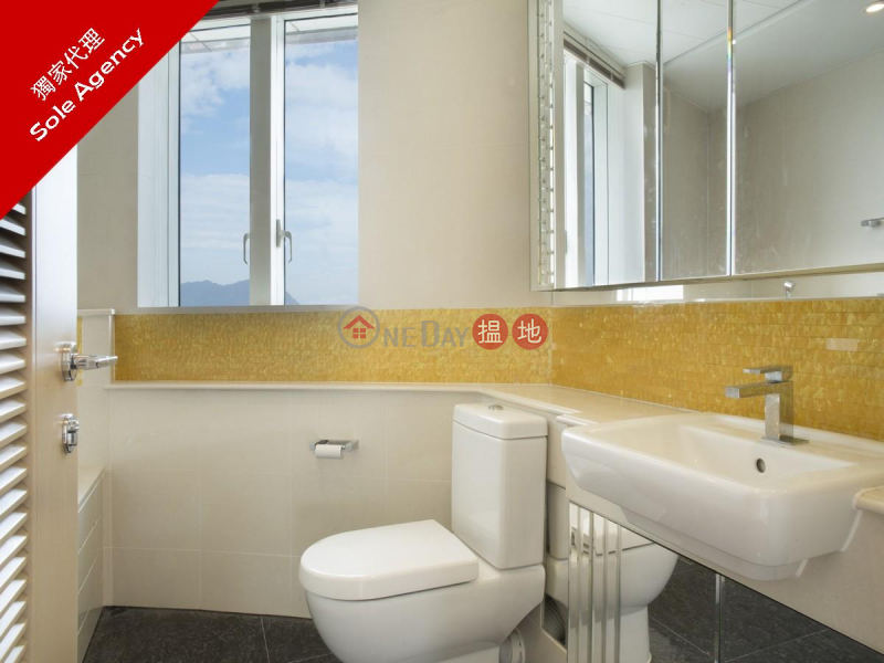Property Search Hong Kong | OneDay | Residential, Sales Listings | 3 Bedroom Family Flat for Sale in Tsim Sha Tsui