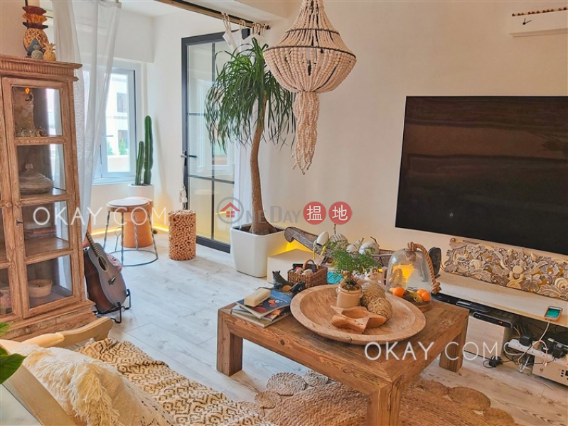 Property Search Hong Kong   OneDay   Residential Sales Listings   Lovely 1 bedroom in Mid-levels West   For Sale