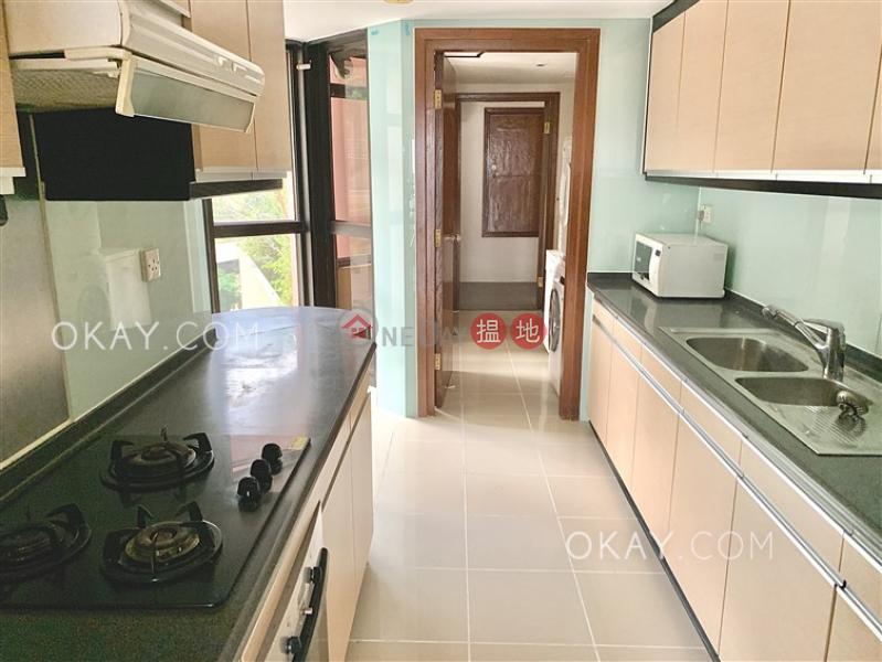 HK$ 57,000/ 月浪琴園-南區3房2廁,實用率高,海景,星級會所《浪琴園出租單位》
