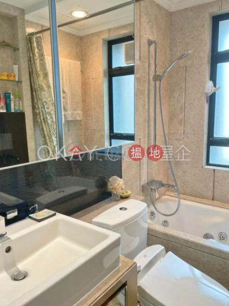 HK$ 75,000/ 月-曉峰閣-中區3房2廁,星級會所,連車位曉峰閣出租單位