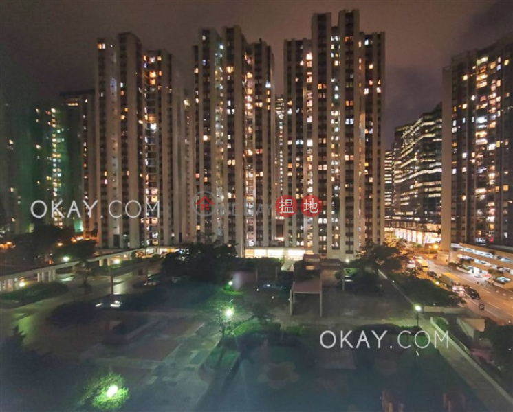 (T-46) Hang Sing Mansion On Sing Fai Terrace Taikoo Shing Low, Residential, Sales Listings, HK$ 15M
