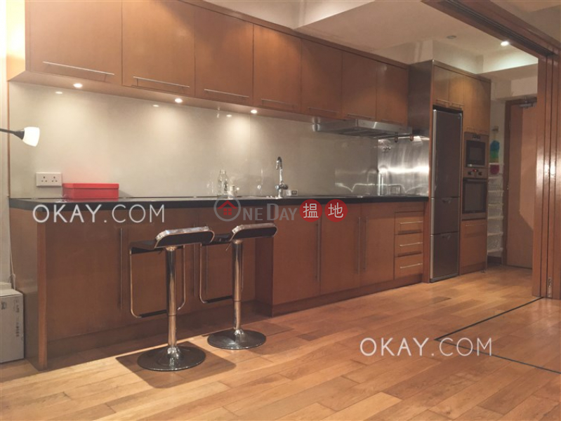HK$ 29,000/ month | Rice Merchant Building | Western District | Intimate 1 bedroom in Sheung Wan | Rental