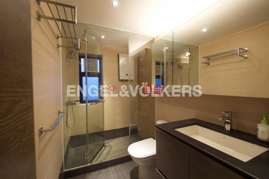 HK$ 52,000/ month Flourish Court | Western District, 2 Bedroom Flat for Rent in Mid Levels West