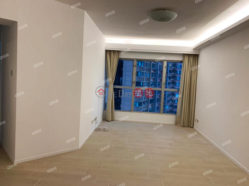 HK$ 22M | The Waterfront Phase 1 Tower 2 | Yau Tsim Mong | The Waterfront Phase 1 Tower 2 | 3 bedroom Mid Floor Flat for Sale