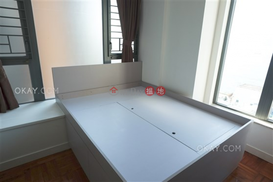 Practical 3 bed on high floor with sea views & balcony | Rental | 18 Catchick Street 吉席街18號 Rental Listings