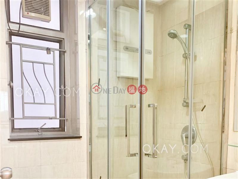 Luxurious 2 bedroom in Kowloon Station | Rental | Sorrento Phase 1 Block 6 擎天半島1期6座 Rental Listings