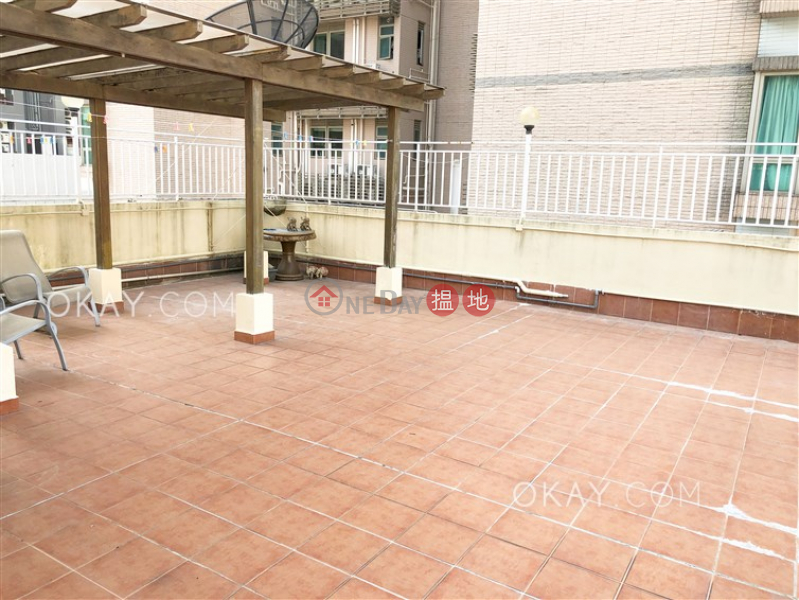 HK$ 95,000/ month, Right Mansion Western District, Exquisite 4 bed on high floor with rooftop & balcony | Rental