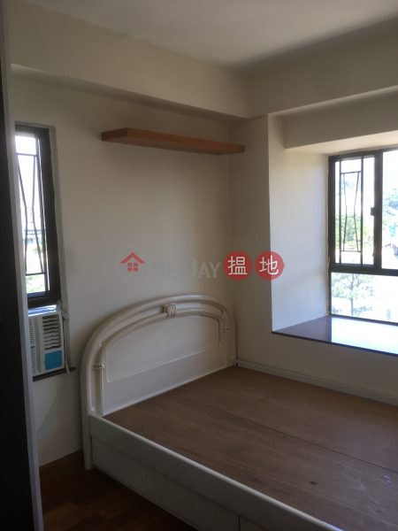 HK$ 16,000/ month | Carmel Heights (Block C) Belair Gardens Sha Tin, 2 Bedroom, with furniture, river view