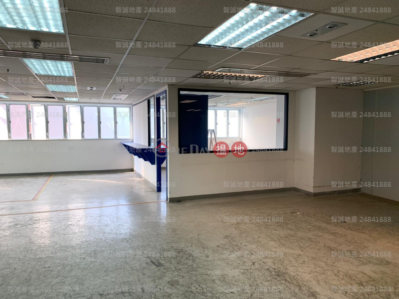HK$ 269,000/ month Southeast Industrial Building, Tsuen Wan Now Call 64369325 Mr.Lam│62283434 Mr.Poon