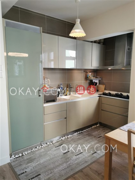 HK$ 16.5M Yuk Sau Mansion | Wan Chai District, Luxurious 2 bedroom on high floor with parking | For Sale