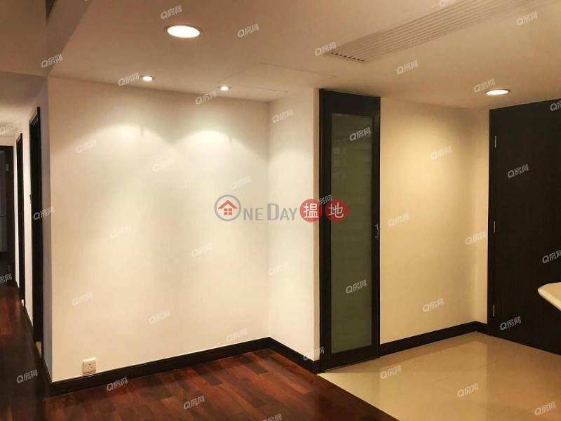 Property Search Hong Kong | OneDay | Residential, Rental Listings | Convention Plaza Apartments | 2 bedroom Mid Floor Flat for Rent