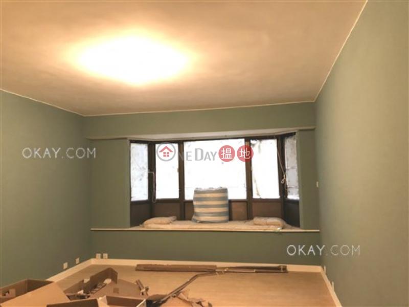 Efficient 4 bedroom with harbour views & parking   Rental   Hoover Court 豪華閣 Rental Listings