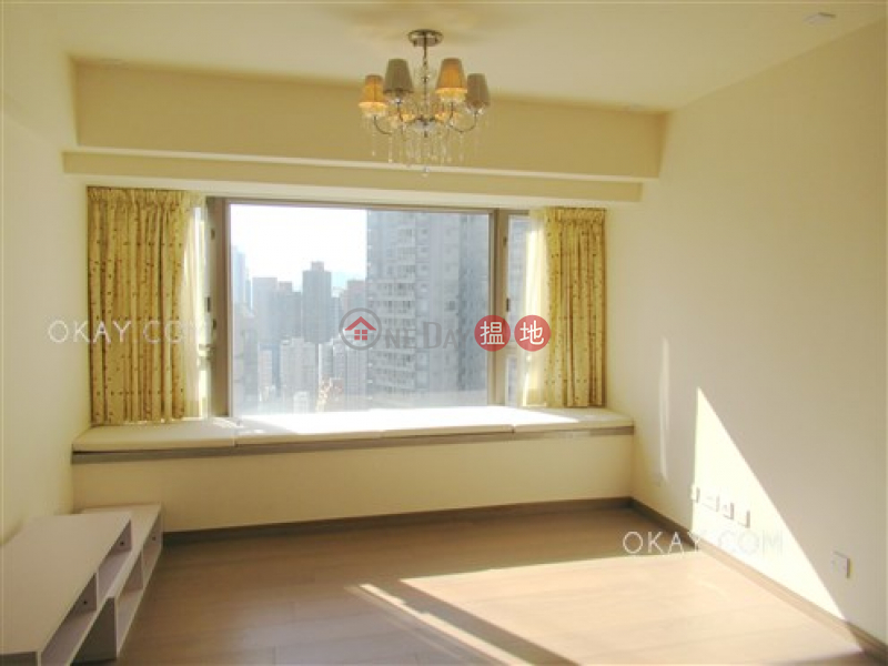 HK$ 37,000/ month, Centre Point Central District Charming 2 bedroom on high floor with balcony | Rental