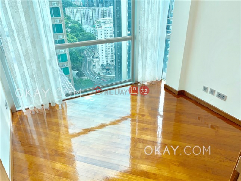 Property Search Hong Kong | OneDay | Residential Rental Listings Rare penthouse with sea views & rooftop | Rental