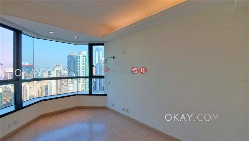 HK$ 43,000/ month   80 Robinson Road, Western District, Nicely kept 2 bedroom with harbour views & parking   Rental