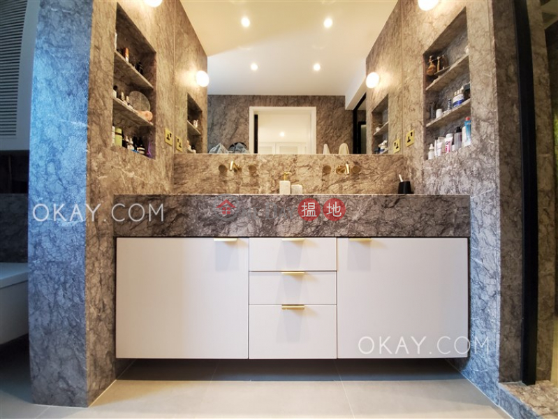 HK$ 16.8M Mansion Building | Eastern District, Elegant 3 bedroom on high floor | For Sale