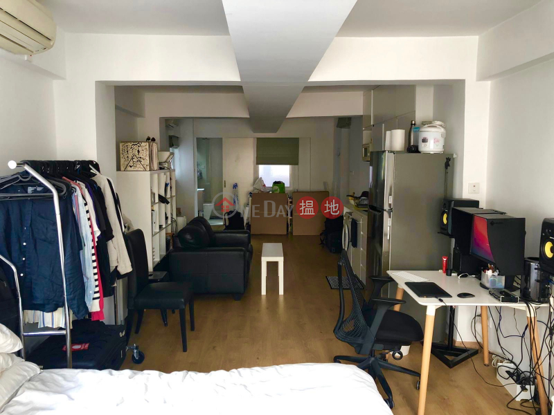 NO AGENCY FEE! Bright, contemporary studio (or office),in heart of central financial district + local art scene near MTR., 39-49 Gage Street | Central District, Hong Kong | Rental HK$ 21,000/ month