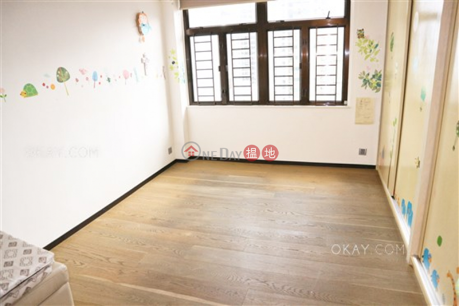 HK$ 33M Rosedale   Wan Chai District Beautiful 3 bedroom with sea views, balcony   For Sale