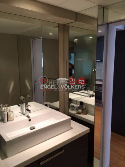 Beautiful Renovated 1 Bedroom in Man King Building|文景樓(Man King Building)出租樓盤 (MIDLE-EVHK39129)_0