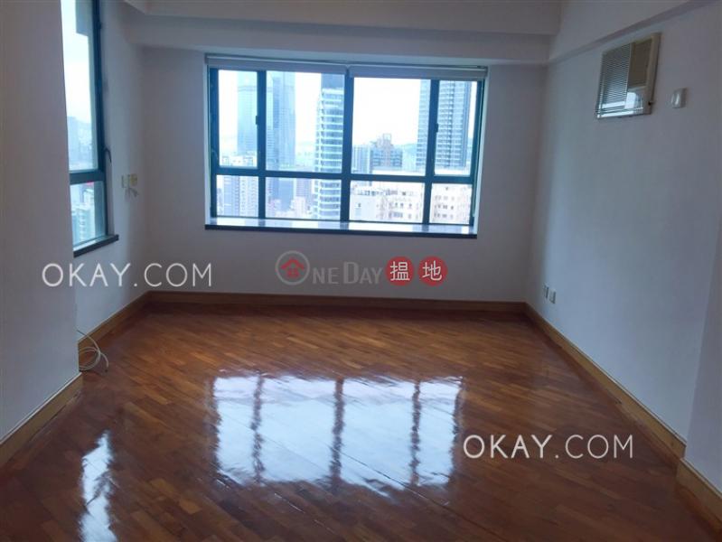 3房1廁,星級會所《嘉富臺出租單位》|62干德道 | 西區-香港|出租-HK$ 30,000/ 月