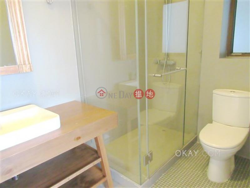4房2廁,實用率高,連車位,露台《松柏新邨出租單位》 松柏新邨(Evergreen Villa)出租樓盤 (OKAY-R51436)