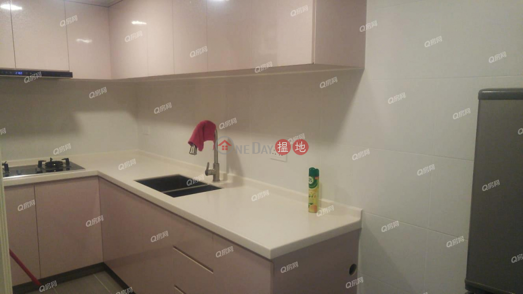 HK$ 23,000/ month Pearl City Mansion, Wan Chai District, Pearl City Mansion | 2 bedroom Flat for Rent