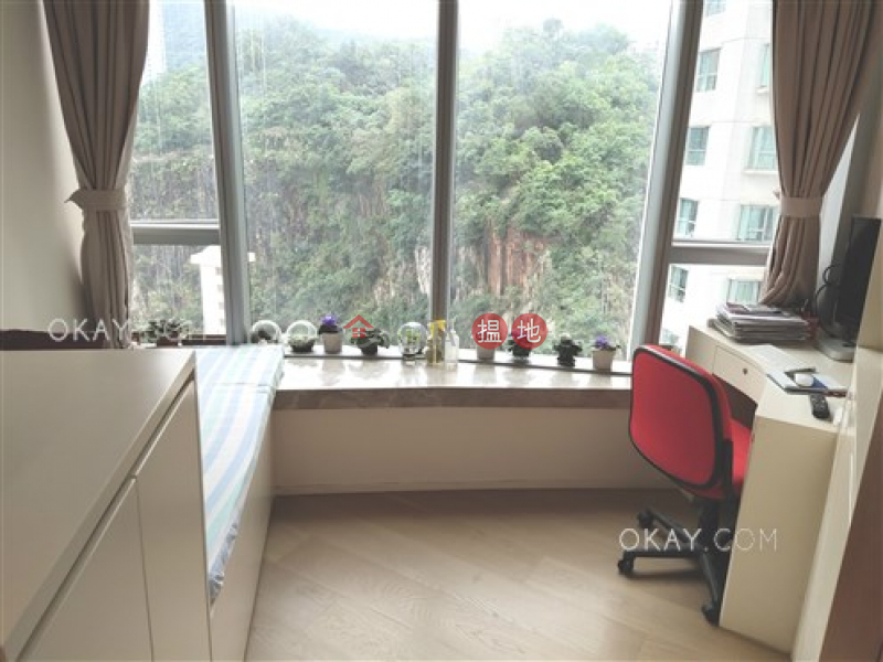 HK$ 75,000/ 月西灣臺1號|東區|4房3廁,星級會所,可養寵物,露台《西灣臺1號出租單位》
