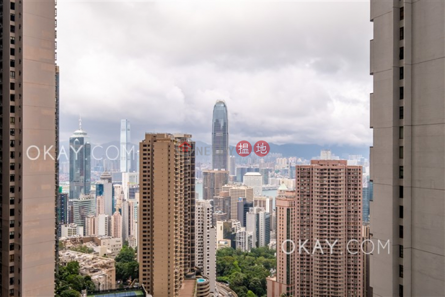 Property Search Hong Kong | OneDay | Residential | Rental Listings Luxurious 3 bedroom on high floor with balcony | Rental