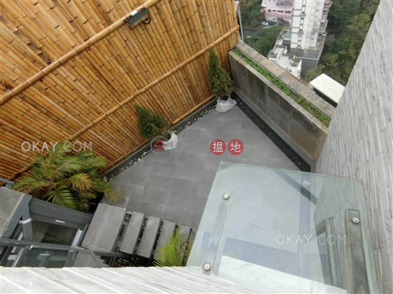 Elegant 2 bedroom on high floor with rooftop | For Sale | 5-7 Tai Hang Road | Wan Chai District, Hong Kong, Sales HK$ 24M