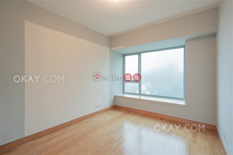 HK$ 137,000/ month, Branksome Crest Central District | Unique 3 bedroom on high floor | Rental