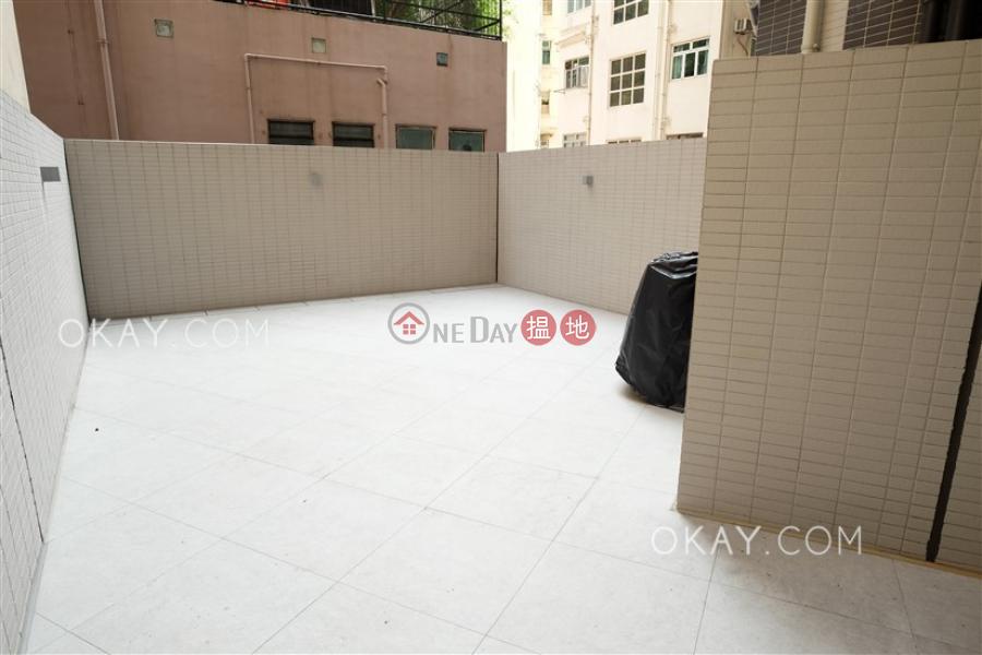 Cozy with terrace in Sai Ying Pun | Rental | Resiglow Pokfulam RESIGLOW薄扶林 Rental Listings