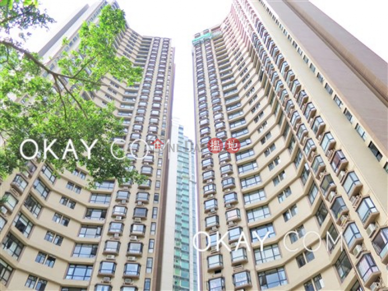 HK$ 48,000/ month, Ronsdale Garden, Wan Chai District Rare 3 bedroom on high floor with balcony & parking | Rental