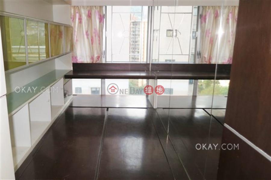 HK$ 15.5M Jade Terrace, Wan Chai District Luxurious 2 bedroom on high floor   For Sale