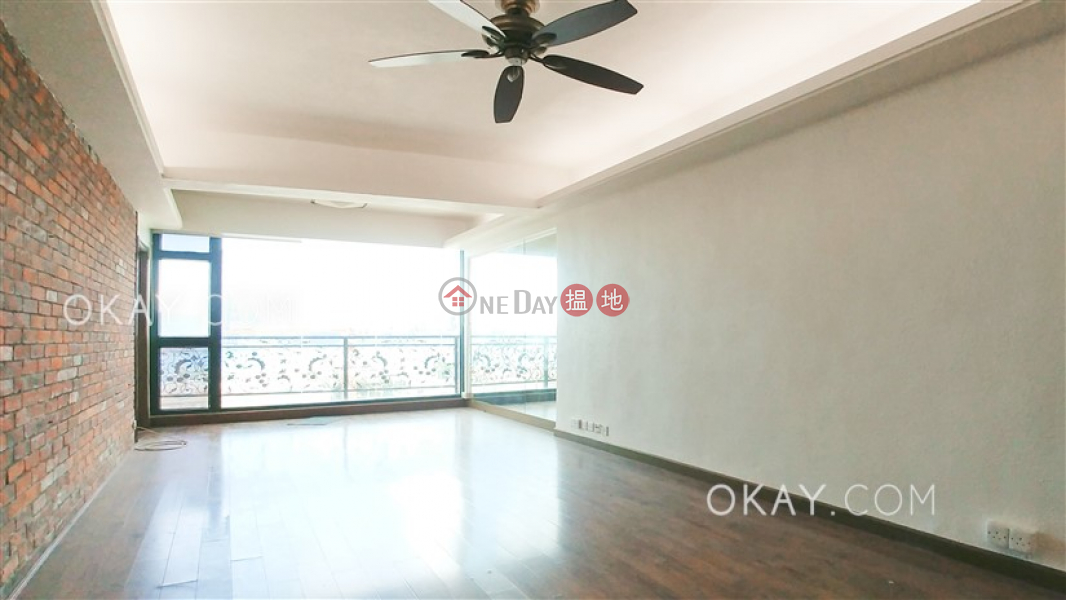 Unique 3 bedroom with balcony | Rental, Hoi To Court 海都大廈 Rental Listings | Wan Chai District (OKAY-R49200)